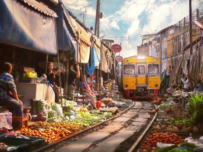TrainMarket01