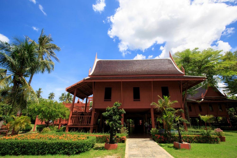 3 King Rama II memorial park