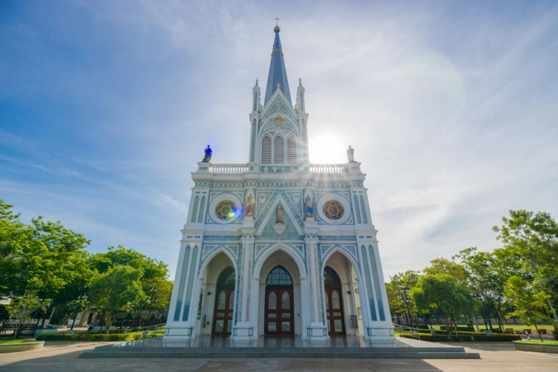 9 Mae Prakerd Church